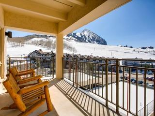 Vintage Ski Lodge Styled Plaza Condo