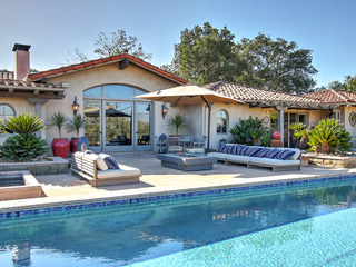 Dreamy Wine Country 4BR w/ Pool, Spa & Clubhouse