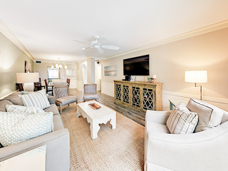 Newly Renovated 2BR, Steps to Harbor & Golf