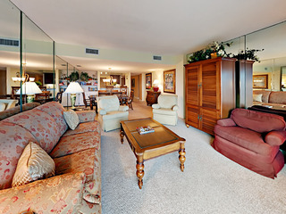 Upgraded Ocean-View 3BR, Steps to Beach