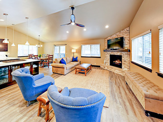 Beautifully Updated 3BR w/ Fireplace & Fenced Yard