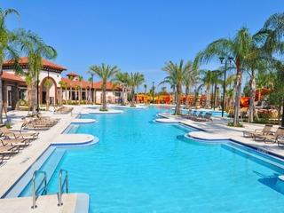 Luxury Royale Amazing Decor Pool & Spa Game Room