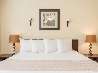 3 Bedroom 3.5 Bathroom Modern Townhome | 4003