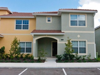 5 Bed Townhome With Comfortable Beds /Private Pool