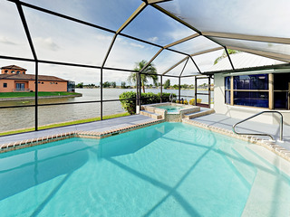 Canalfront 4BR w/ Pool & Hot Tub