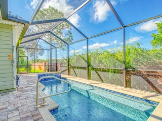 """3 Ys"" 4BR Near Beach Walkover w/ Private Pool"