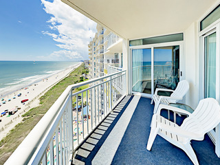 Oceanfront 2BR w/ Pools & Hot Tubs