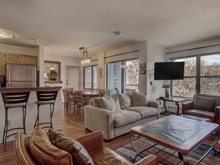 5 Bedroom Condo in Downtown Breck- River Mountain Lodge