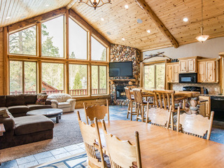 Luxury 6BR Stony Creek Log Cabin