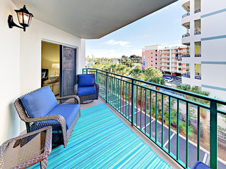 2BR Condo w/ Pool & Spa at Saint Pete Beach