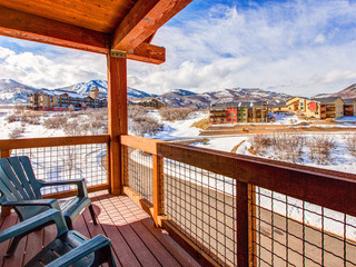 3BR w/ Balconies, Hot Tub & Views- Near Gondola