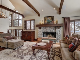 6Br/7Ba Larkspur Luxury Townhome