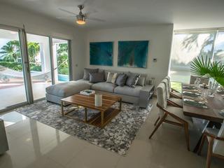 Casa Coral Beach Condo