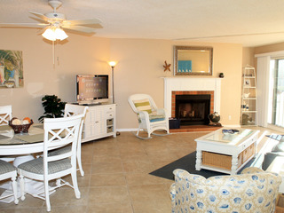 Beach Cottage 2102