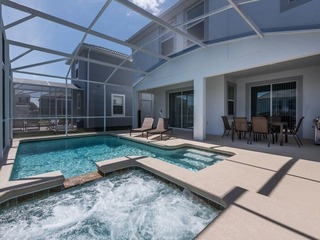 NEW Contemporary Home- Close To Disney. 1589