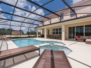 Stunning 14 Bed Pool Mansion- Resorts Largest. 6152