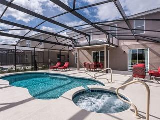Brand New Luxury Solterra Resort Villa. 5274