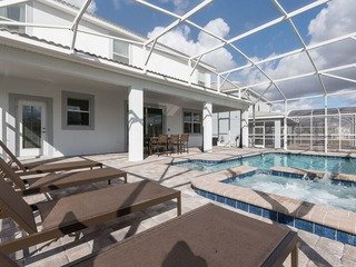 Brand New Pool Home-Steps to Oasis WaterPark. 9016