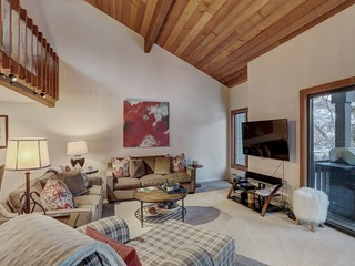 Ridgepoint Townhome- Space & Comfort For The Whole Family