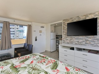 Diamond Head Beach Hotel 1205