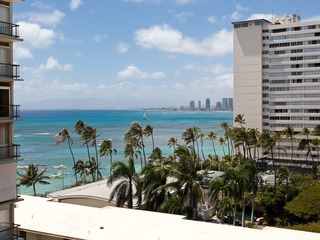 Diamond Head Beach Hotel 802