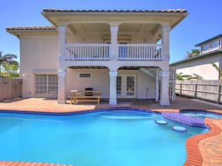 Adventura House