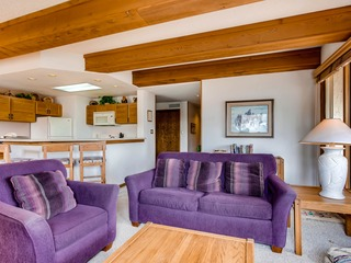 2 Br Sleeps 5 People With Mountain Views