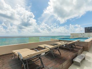 Luxurious Penthouse at Isla Mujeres 1304 SkyRun