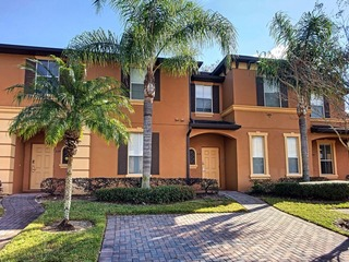 Vacation Haven- Regal Palms 4 bedroom Townhome