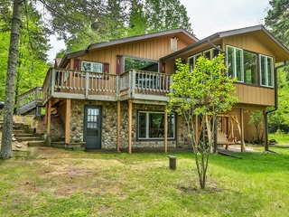 Knotty Pines- Hiller Vacation Homes