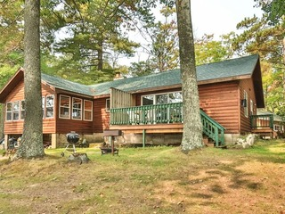 Cottage 9- Hiller's Pine Haven