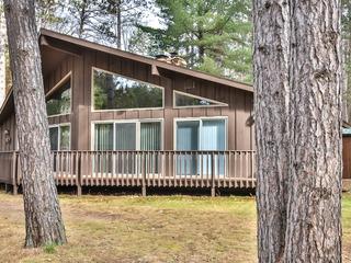 Deerpath- Elbert's- Hiller Vacation Homes
