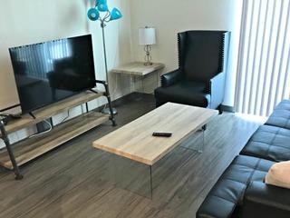 One Bedroom Regular Modern Suite Walk to Pioneer Square