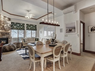 Plaza Level Luxury 3Br Retreat-Right in Beaver Creek Village