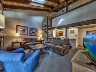Amazing Condo With Loft | Lakeland Village Resort at Heaven