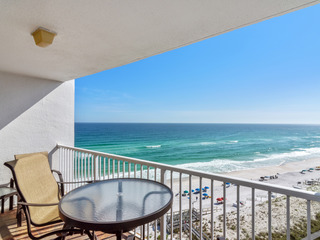 Shoreline Towers 1113- Beachfront Vacation Rental