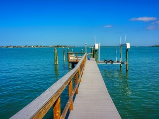 Treasure Island Causeway Boat Dock- Pool 7989
