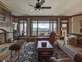 4Br+Den Horizon Pass, Ski in/Ski- top of Bachelor Gulch