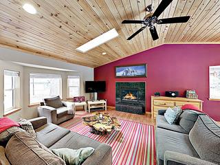Spacious & Quiet-- Fireplace, Foosball, Deck