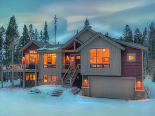 Lone Hand Lodge - image