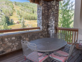 Gorgeous 2 Bd With Lift View in Beaver Creek