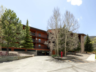 Mountainside Condo 143B