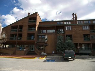 Fox Pine Lodge 4 bed 4 bath