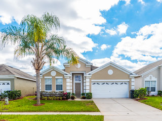 Windsor Palms- 8104 Fan Palm Way