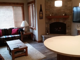Comfortable Northstar Condo on Ski Trail - image