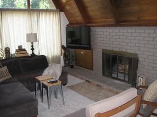 Zurich 2 House- V080
