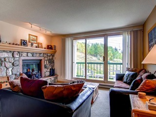 Borders Lodge- Lower 205 2BR/2BA