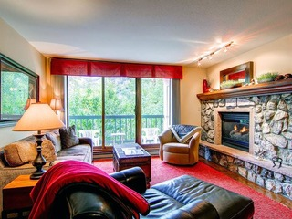 Borders Lodge- Lower 206 2BR/2BA