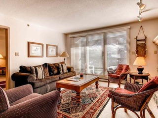 Borders Lodge- Lower 306 2BR/2BA