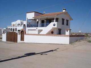 Arena y Sol (2-Bedroom Home)